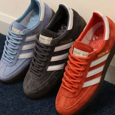 Fresh Adidas Spezial are now available on special offer at Casual Classics. A classic range from adidas is back in these sky blue, grey and red amber. Available in sizes on offer from Shop these and more adidas trainers through the link to our website. Adidas Trainers Mens, Addidas Sneakers, Adidas Og, Retro Sneakers, Casual Sneakers, Adidas Shoes, Vintage Sneakers, Adidas Classic Shoes, Adidas Tubular Nova