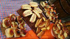 Pan de Viena, chips y panchos por Javier Todaro