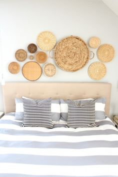 Blogger Styling Home Tours: Favorite Room Edition. basket decor. Decorating with baskets.  bedroom design. coastal decor. Modern decor ideas. Decorating ideas. Gray and white bedroom. Bedroom decor. Bedroom ideas. Bedroom design. Bedroom organization.  http://www.simplstylings.com