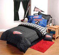 Red Wings Linens