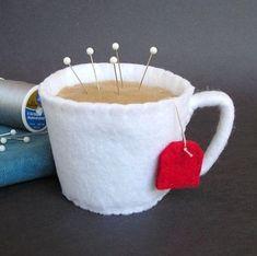 A mug pin cushion?! Yes!!!