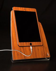 Bamboo Wood iStand for the iPad Mini