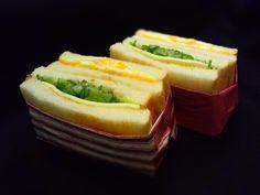 サンドイッチの包み方 : ひとりぼっちランチ