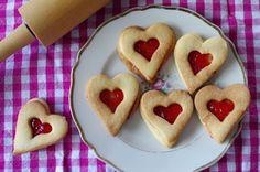 Badische Hildabrötchen, Kekse mit dem Erdbeermarmeladenherz