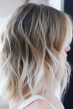 40 Styles with Medium Blonde Hair for Major Inspiration Messy Blonde Balayage Ombre Lob Blonde Balayage Mid Length, Mid Length Blonde Hair, Medium Blonde Hair Color, Blonde Ombre Short Hair, Brown Ombre Hair, Short Hair With Bangs, Ombre Hair Color, Hair Color Balayage, Short Hair Styles