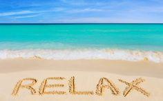 relax sunsurfer: Beach Message, Maui, Hawaii photo via data Happy Week End, I Love The Beach, Maui Hawaii, My Happy Place, Belle Photo, Beautiful Beaches, Summer Fun, Life Is Good, Surfing