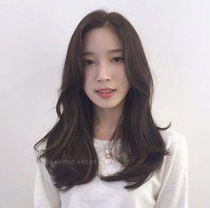 - Medium Long Hair, Long Hair Cuts, Medium Hair Styles, Curly Hair Styles, Korean Haircut Long, Korean Long Hair, Grey Hair Coverage, Asian Short Hair, Long Layered Haircuts