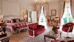 Luxury Hotels: Extravagant New Suites at Le Meurice Hotel, Paris
