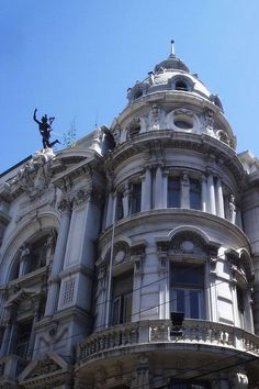 Edificio de El Mercurio de Valparaíso Región de Valparaíso Chile.:: Art Nouveau Architecture, Classic Architecture, Beautiful Architecture, Beautiful Buildings, Architecture Design, Le Riad, Neoclassical Architecture, Baroque Design, Modern Mansion