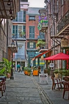 French Quarter in New Orleans.  I think i want to move to New Orleans for a few months.