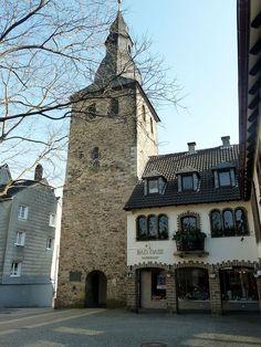 Hattingen – Historische Altstadt Glockenturm von Nordost - panoramio.jpg