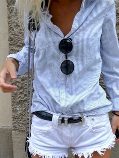 Love this casual look! Button up shirt and cutoff shorts Women's spring summer fashion outfit clothing Mode Outfits, Casual Outfits, Fashion Outfits, Casual Shorts Outfit, Comfy Outfit, Relaxed Outfit, Casual Jeans, Short Outfits, Looks Style