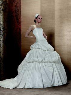 #wedding #nuovafierasposi #mariamanco www.nuovafierasposi.com/maria-manco-spose-collection