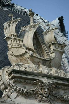 """""""Fluctuat nec mergitur"""" ~ """"He who rises with the wave is not swallowed by it"""" became Paris' official motto. Amazing Architecture, Art And Architecture, Architecture Details, Paris Travel, France Travel, Statues, I Love Paris, Paris Ville, Architectural Elements"""
