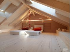 23 Wooden Loft Bedrooms Comfortable and Natural Loft Room, Bedroom Loft, Attic Rooms, Attic Spaces, Small Tiny House, Attic Conversion, Bonus Rooms, Country House Plans, Minimalist Home