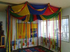 Hottest Totally Free preschool classroom reading corner Style Will you be a innovative teacher that's wondering exactly how to put together some sort of preschool classroom? Circus Theme Classroom, Classroom Displays, Preschool Classroom, Classroom Decor, Preschool Circus Theme, Classroom Ceiling, Classroom Board, Free Preschool, Circus Activities