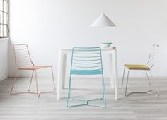Design chairs, benches and stools chosen by our community and produced in Italy. Buy ecofriendly and innovative furniture online on Formabilio.