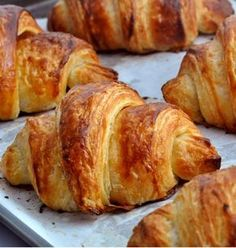 A croissant is a buttery, flaky, viennoiserie-pastry named for its well-known crescent shape. Croissants and other viennoiserie are made of a layered yeast-leavened dough. The dough is layered with… French Croissant, French Toast, Bread Recipes, Cooking Recipes, Dough Ingredients, Food Menu, Food And Drink, Favorite Recipes, Baking