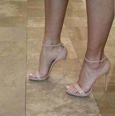 Pinterest // @kee_ah_ruh ✩ high heels sandals