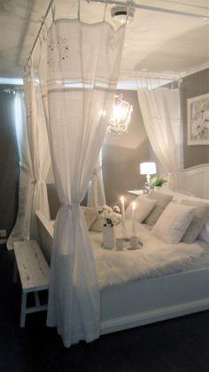 Always wanted a canopy bed :) --DIY canopy bed Dream Bedroom, Home Bedroom, Bedroom Decor, Bedroom Curtains, Bedroom Lighting, Shabby Bedroom, Warm Bedroom, Budget Bedroom, Pretty Bedroom
