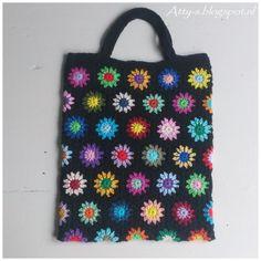 Crochet Bag https://www.facebook.com/AttysLoveForCrochet