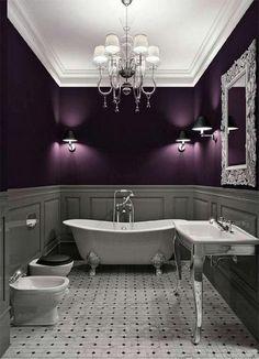 La couleur «violet» est excellente pour une salle de bain car elle détient une certaine flexibilité en termes de style et d'apport d'énergie. Elle convient parfaitement à tout genre de salle de …