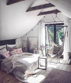 Hanging chair in the bedroom @marzena.marideko