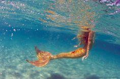 Beyond The Sea - water-is-aqua: Mahina mermaid of Oceanica. H2o Mermaids, Fantasy Mermaids, Mermaids And Mermen, Siren Mermaid, Mermaid Melody, Mermaid Art, Mermaid Paintings, Tattoo Mermaid, Mermaid Beach