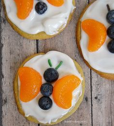 Butterfly Fruit Pizza Cookies. This would be a great classroom cooking project especially if your are doing a butterfly unit. Get all the directions at: http://www.seven-alive.com/butterfly-fruit-pizza-cookies/