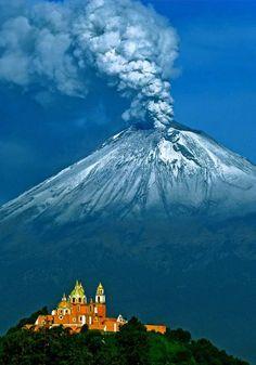 Cholula and Popocatepetl, Puebla, Mexico Mi Mexico, Beautiful Mexico, Puebla Mexico, Vulcano,
