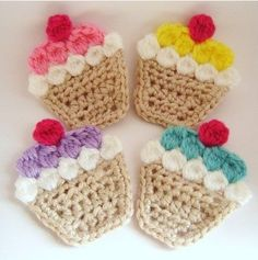 crochet applique no link- just this photo. Basic single crochet then single crochet or slip stitched around the edges. I think the white, colors,& cherry are all picot stitches. Crochet Diy, Cupcake Crochet, Crochet Amigurumi, Crochet Food, Love Crochet, Crochet Motif, Crochet Crafts, Yarn Crafts, Crochet Flowers