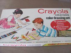 Vintage Crayon Set, 1970's Crayola Crayon Set, Color Drawing Set, Crayola Crayons No. 72, Boxed Crayons, Vintage Crayons by ThirstyOwlVintage on Etsy https://www.etsy.com/listing/227342698/vintage-crayon-set-1970s-crayola-crayon