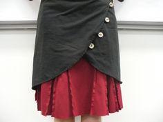 the overskirt