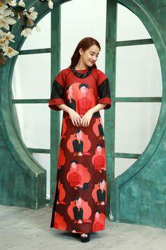 Vietnamese Traditional Dress, Traditional Dresses, Ao Dai, Vietnamese Clothing, Phoebe Philo, Cheongsam, Asian Beauty, Tweed, Fashion Models