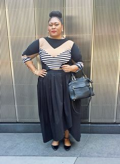 Plus size fashion blogger Kiah of fromthereztothecity.blogspot.com rocking the #Rue107 Nina Crop Top to the #Torrid event in NYC.
