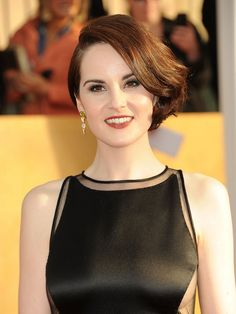 dc501211b9681b Michelle Dockery in Still dating her Boyfriend John Dineen  Net worth  How  rich is she  Does Michelle Dockery have tattoos