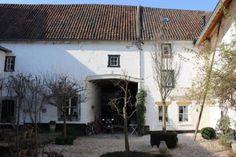 Bekijk deze fantastische advertentie op Airbnb: De-Cour Anna Maastricht-Heuvelland - Huizen te Huur in Gronsveld