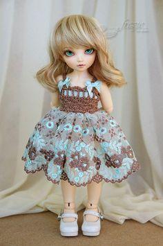 Cappuccino & light mint dress for TINY bjd LittleFee Momocolor 29, Saintbloom