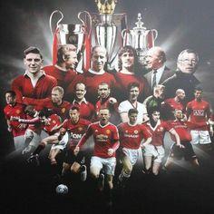 Manchester United Old Trafford, Manchester United Wallpaper, Manchester United Legends, Manchester United Players, David Beckham Football, Man Utd Fc, Sir Alex Ferguson, Soccer Poster, Wayne Rooney