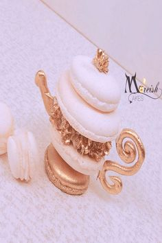 Dessert Towers, Bars & Bakes — Moreish Cakes This gorgeous white and gold edible macaron teapot with fondant flowers, royal icing details and hand painted is by Monica Cavallaro from Moreish Cakes for a bridal shower high tea - isn't it adorable! Bolo Tumblr, Baking Recipes, Dessert Recipes, Comida Disney, Macaroon Cookies, Cute Baking, Macaroon Recipes, Cute Desserts, French Desserts