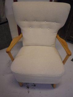 50-luvun tuoli,(MYYNNISSÄ),  kierrejousituksella ja meriheinätäytteellä. Myydään tälläisenään tai uudelleen verhoiltuna.