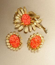 JOMAZ Brooch and Earrings Set Molded PIerced by MrSoDear2MyHeart, $45.00