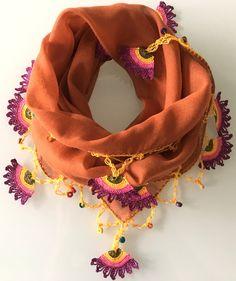 Orange crocheted elegant stylish scarf Crochet Flower Scarf, Crochet Scarves, Crochet Flowers, Saree Blouse Patterns, Saree Blouse Designs, Crochet Borders, Crochet Stitches, Loom Patterns, Crochet Necklace