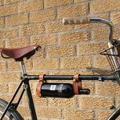 Accroche bouteilles de vin pour vélo - Divers - CommentSeRuiner.com