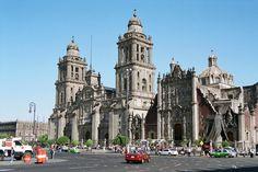 Mexico City Metropolitan Cathedral in the Plaza de la Constitución ...