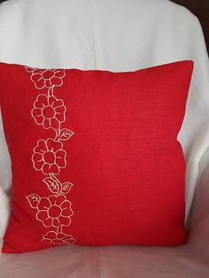 Deko kissenBlumenLinenHandstickereiEinzigartigDekorative Throw Pillows, Environment, Unique Gifts, Special Gifts, Decorative Pillow Covers, Red Color, Linen Fabric, Threading, Flowers