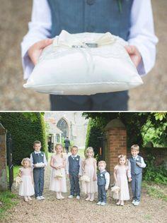 Hermosos pajecitos, un diseño muy lindo #wedding #pajes #pretty