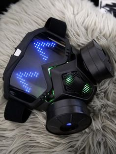 Pixel Led, Cyberpunk 2020, Armas Ninja, Ninja Weapons, Cool Gadgets To Buy, Armor Concept, Futuristic Technology, Masks Art, Cool Inventions