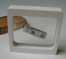 Luxuspak innovative 3D Schweberahmen Verpackung weiss für Kleinteile