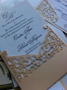 Lasercut boda invitación manga Pocket patrón de por CelineDesigns